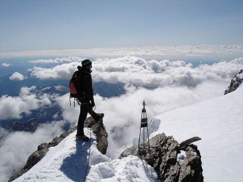 Klettergurt Für Gletschertouren : Klettergurt für hochtouren petzl adjama halle und